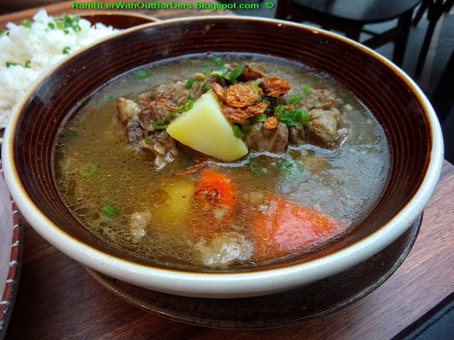 Oxtail soup, Naughty Nuri's, Capitol Theatre and Piazza, Singapore