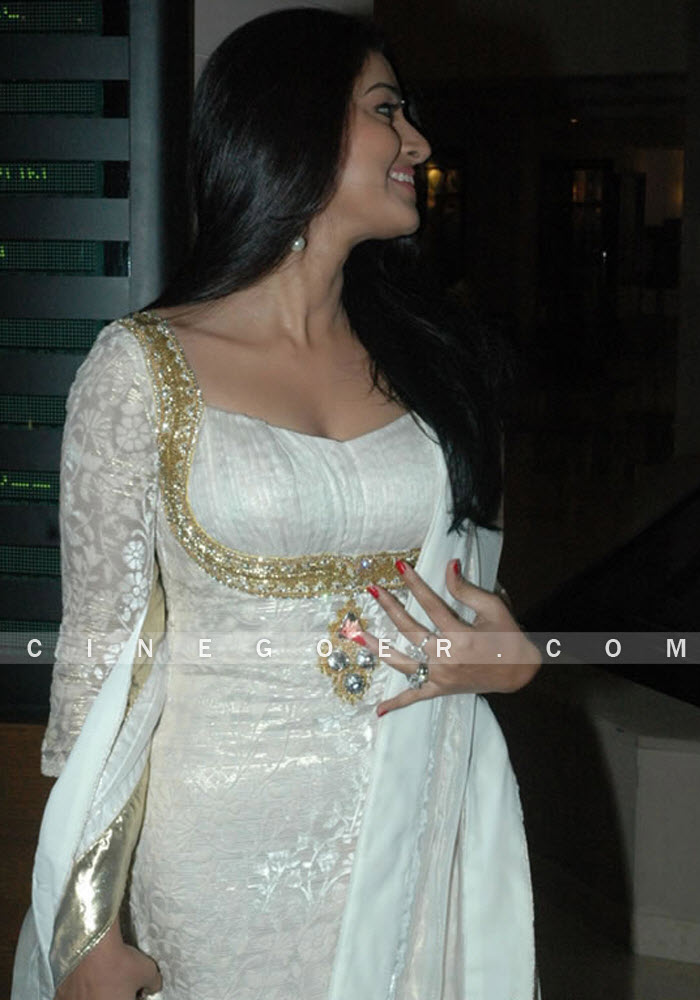 South Indian Actress Hot Photos, Hot Videos Ramya Krishna -5636