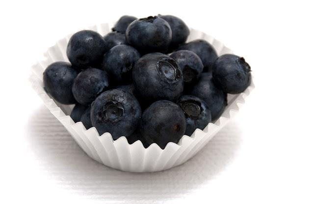 Manfaat buah acai berry untuk kesehatan.