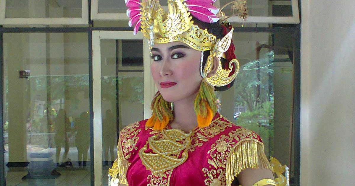 Ragam Gerak Tari Surung Dayung Yogyakarta