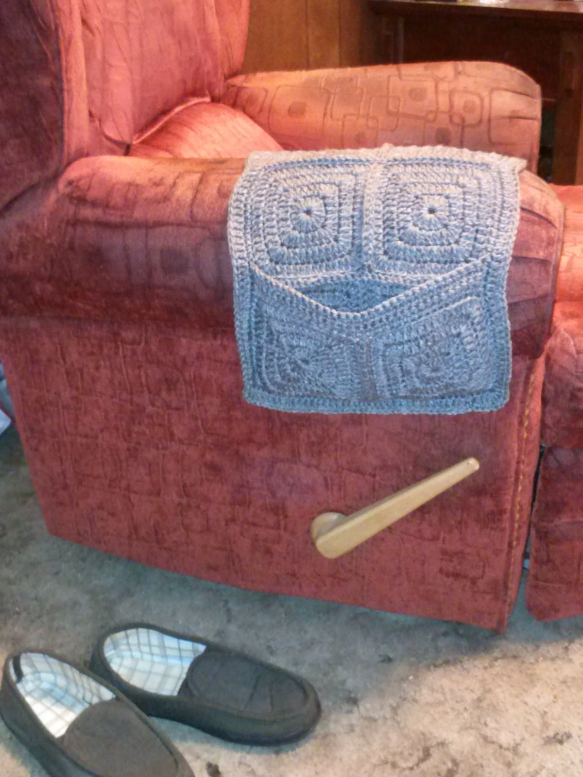 Family, Books and Crochet...Oh My!: Armchair Remote Caddy ...