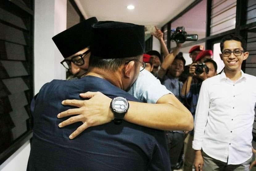 Dahnil Ketua Jubir Prabowo-Sandi, Raja PSI Kok Nyinyir?