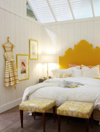 Ein Charmantes Schlafzimmer In Weiß Gelb Christine Oertel