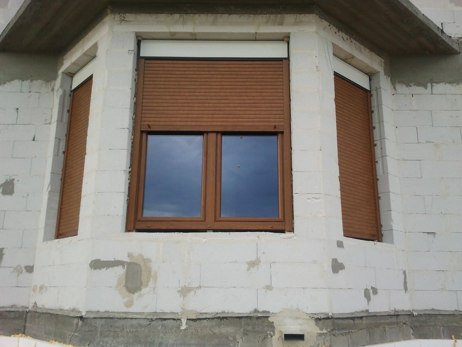 Chłodny Chaber lux - budowa domu: Okna i rolety WH52
