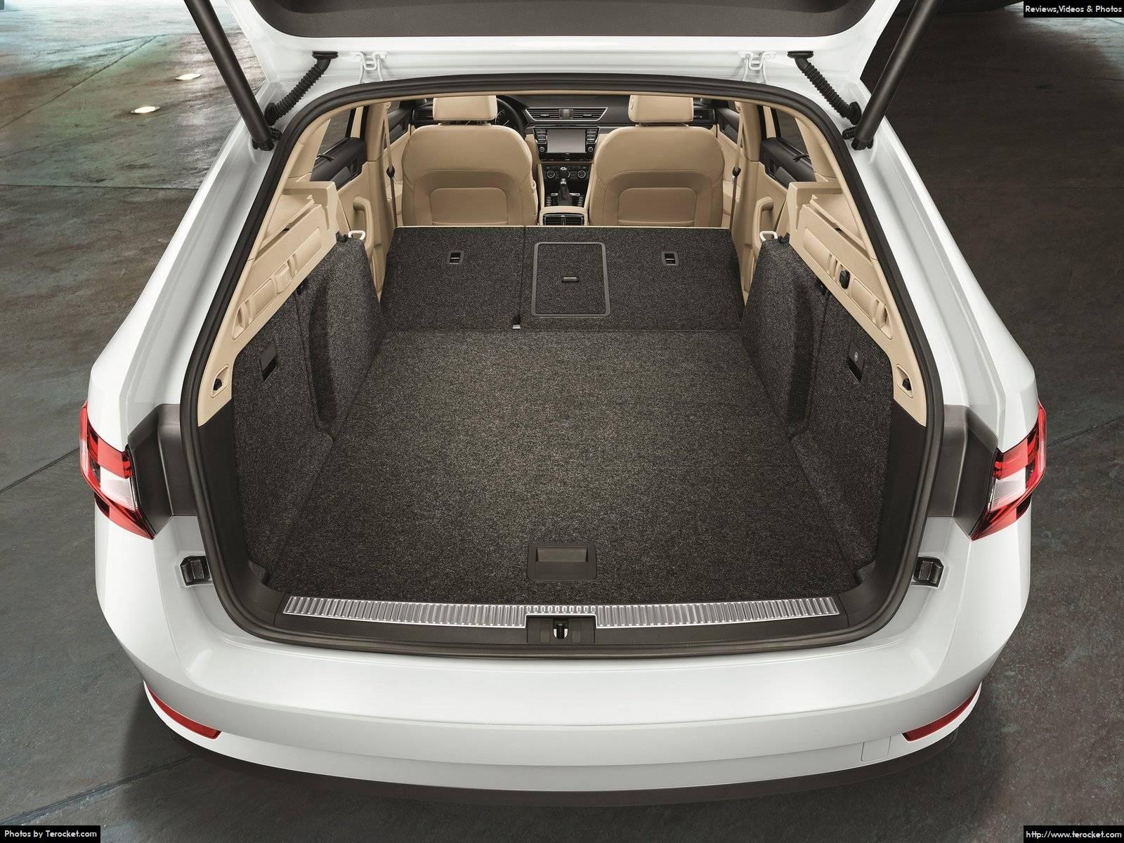 Hình ảnh xe ô tô Skoda Superb Combi 2016 & nội ngoại thất