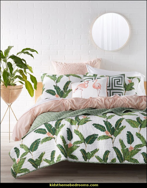 tropical bedding tropical bedrooms Tropical beach style bedroom decorating ideas - beach bedrooms - surfer theme rooms - tropical theme Hawaiian style decorating - raffia valance window ideas - tropical bedding