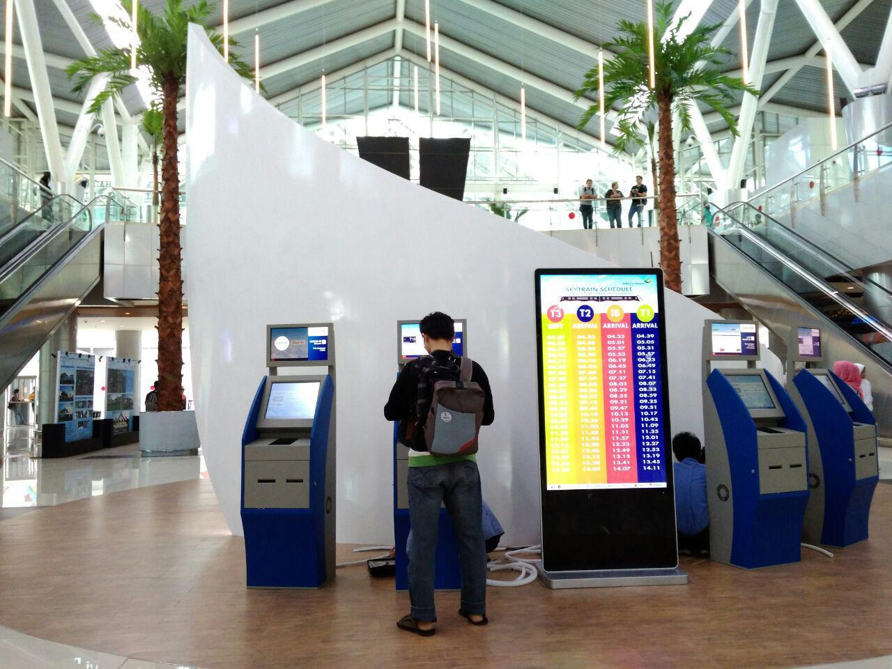 stasiun bandara soetta