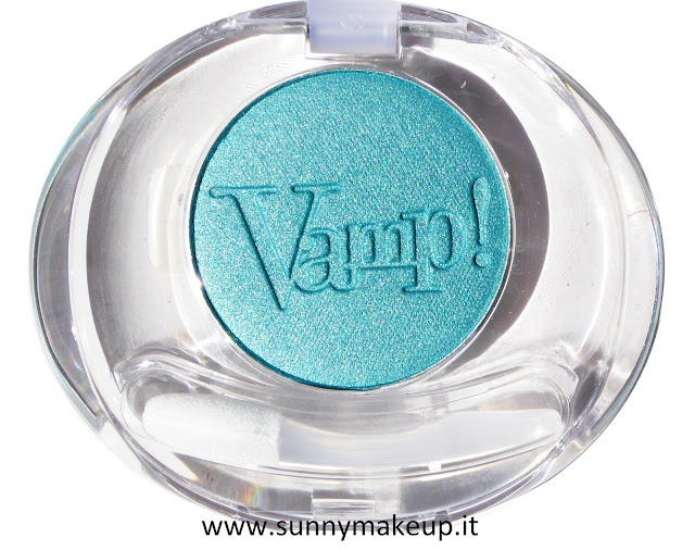 Pupa - Coral Island. Vamp! Compact Eyeshadow. L'ombretto nella colorazione 001 Emerald Waves.