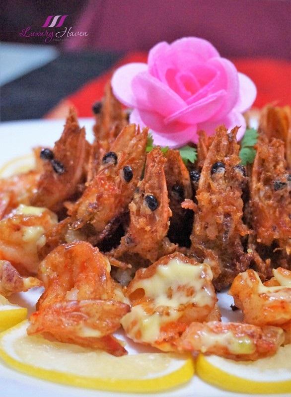 cny reunion dinner crispy yuan yang wasabi prawns