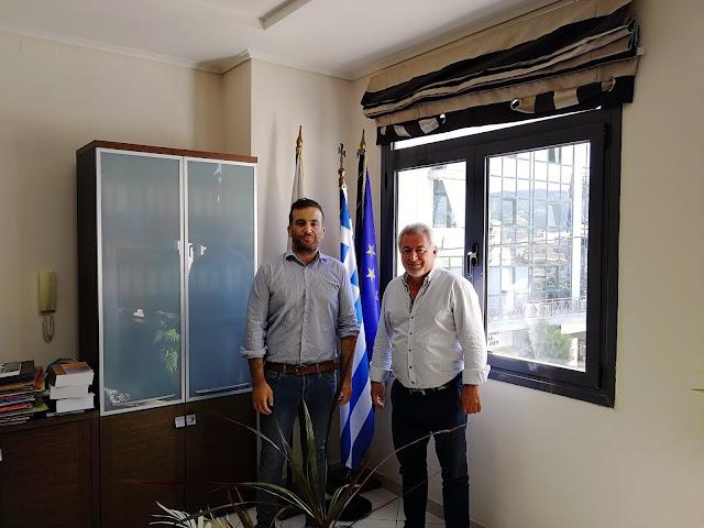 """Συνάντηση του Δημάρχου Ηγουμενίτσας με τον Υπεύθυνο Επικοινωνίας του Ευρωπαϊκού Ομίλου «Marco Polo System"""""""