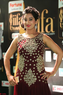 Tejaswini in Maroon Floor length Gown at IIFA Utsavam Awards March 2017  Exclusive