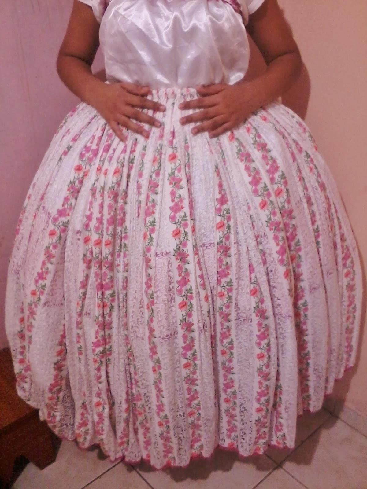 Por baixo do vestido de bolinhas 1 - 3 part 1