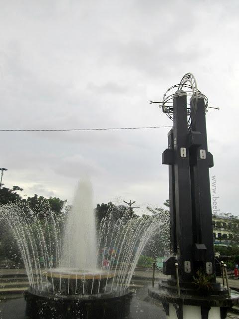 Wisata Sungai Kapuas di Taman Alun Kapuas