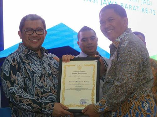 Pemkot Bandung Raih Penghargaan LPPDN dan TKKSD