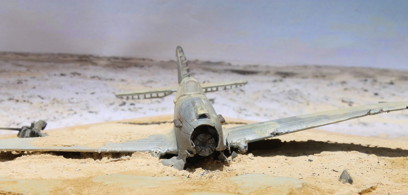 1/72 Scale Kits & Diorama: P-40 HS-B Desert Crash