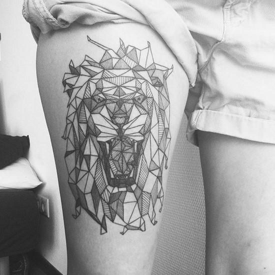 Tatuagens femininas para as penas
