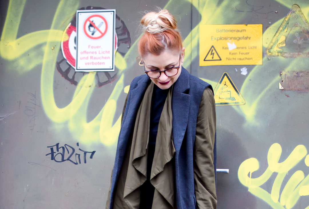 schwarze Lackleder Leggings von H&M, Lackleder im Alltag stylen