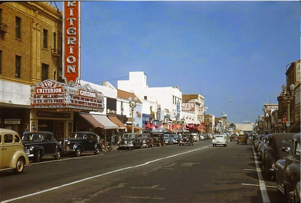Amc Santa Monica Cars