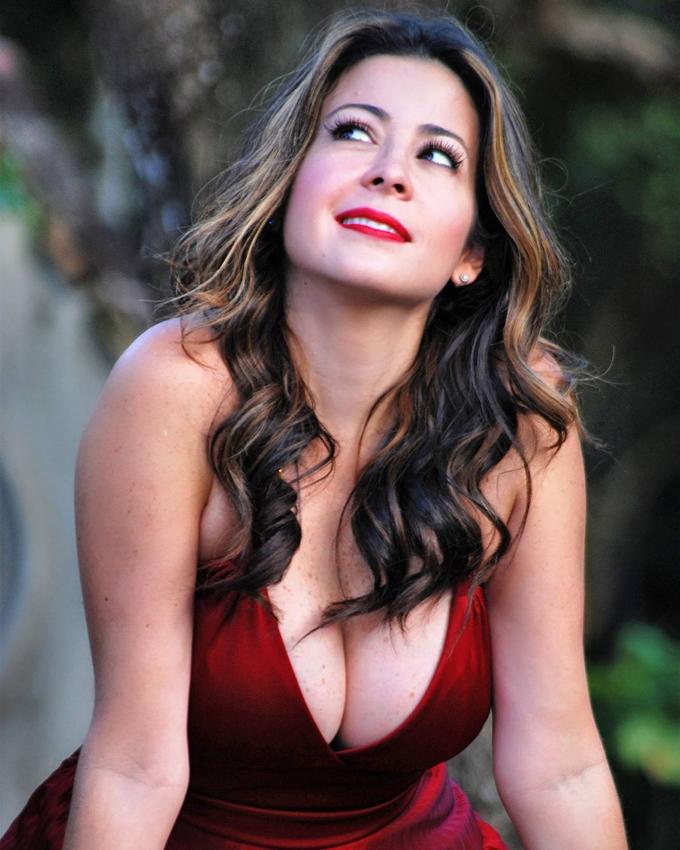 Dafne Guzmán