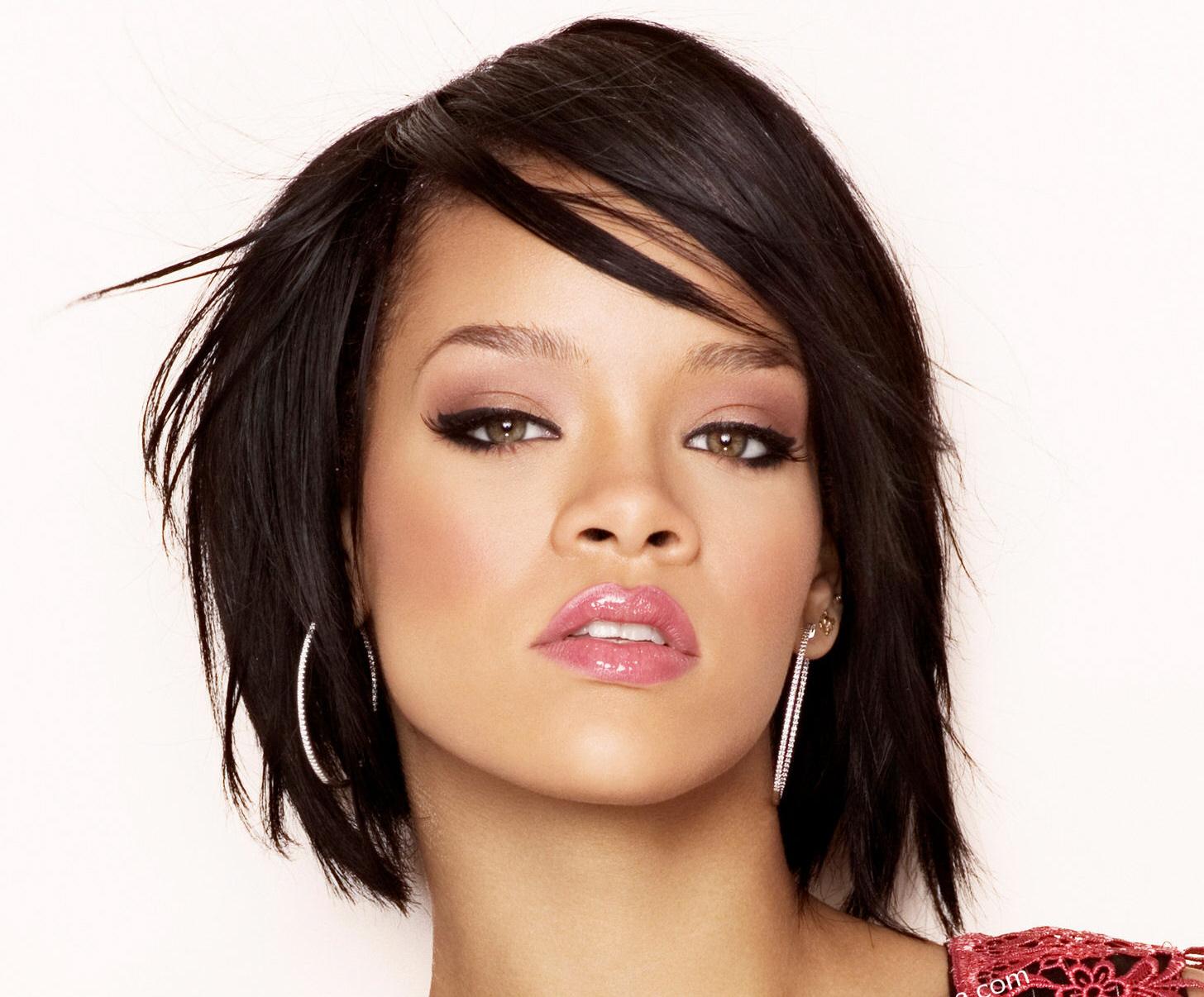 Rihanna Latest Naked Pics