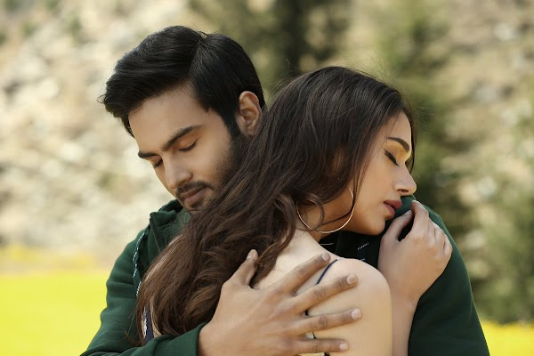 Sammohanam Movie Stills,Sudheer Babu, Aditi Rao