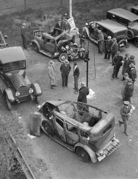 Lucky 8 Auto >> Vintage Photos of Car Crashes ~ vintage everyday