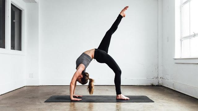 Olahraga menambah tinggi badan dengan yoga