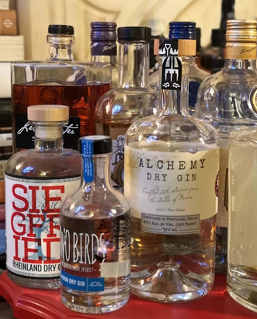alchemy-dry-gin,gin,collection,le-collectionneur,quebec,blog,madame-gin