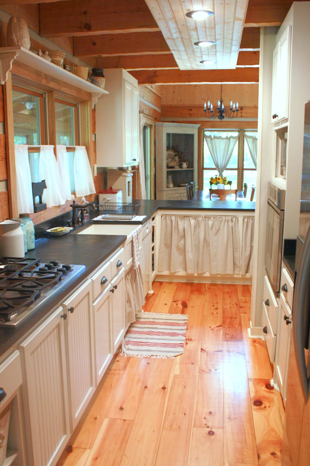 Carolina country living house tour the kitchen for Kitchen ideas long kitchen