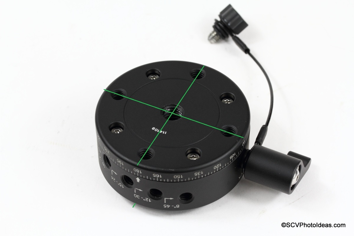 Sunwayfoto DDP-64SI PIR bottom mounting holes comparison