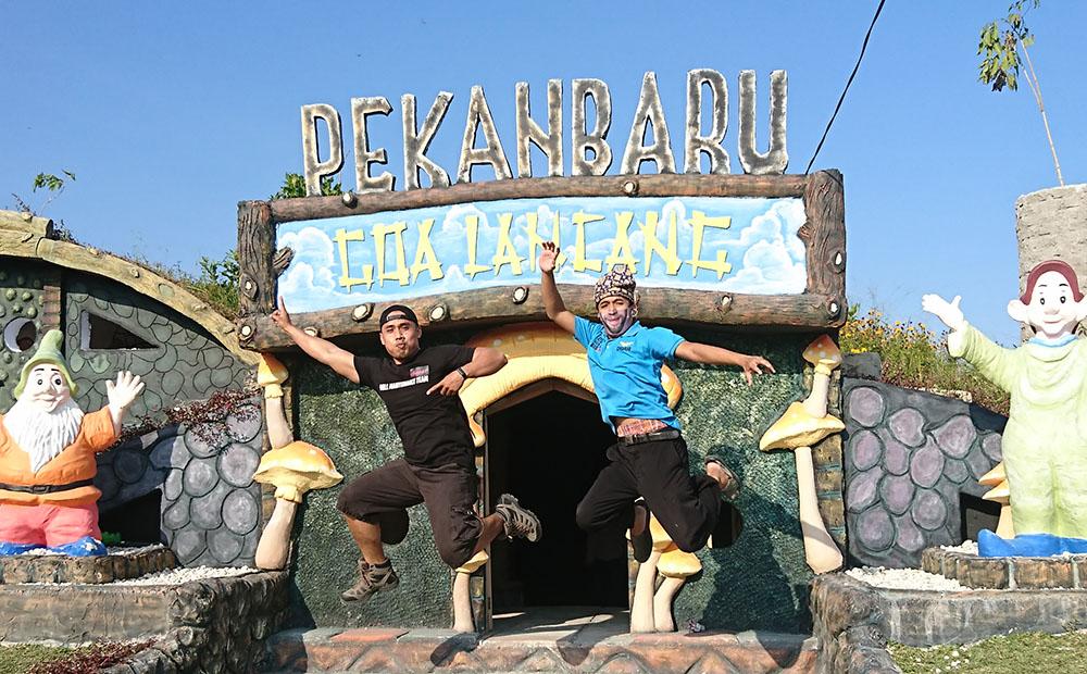 Asiknya Main Bebek Air di Taman Wisata Love Refi Pekanbaru, wisata Pekanbaru Riau, tempat pinknik keluarga, tarif masuk taman wisata love refi Pekanbaru, foto Taman Wisata