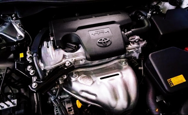 2015 Toyota Camry XSE 4 Cylinder (a SFX) Review Engine