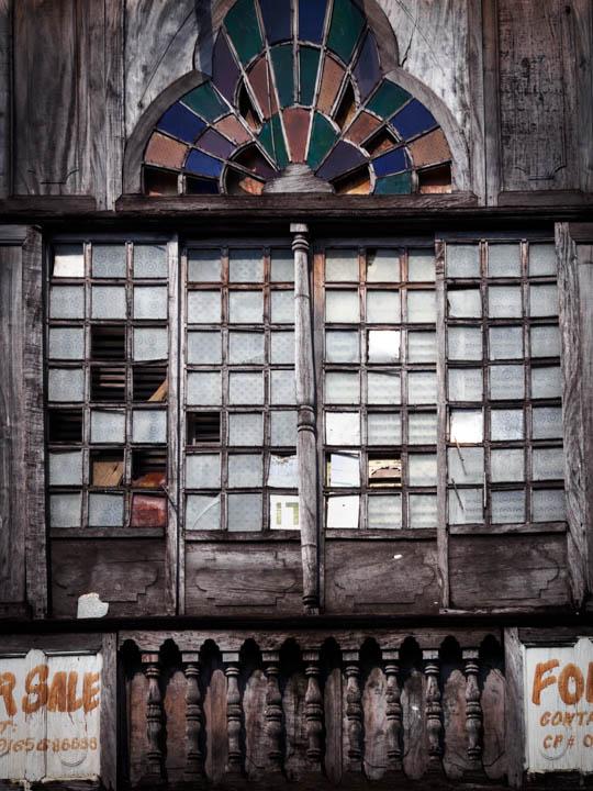 Enderle travelblog sea shells in my windows the capiz for Capiz window