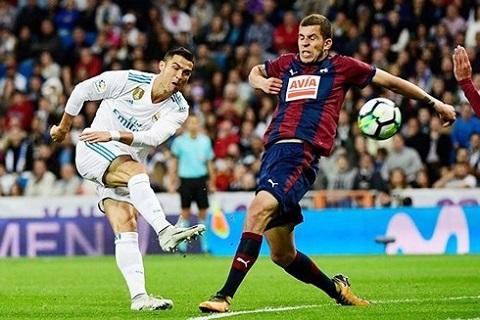 Eibar là đối thủ ưa thích của Real