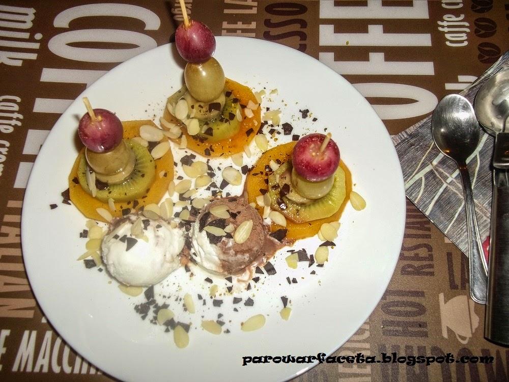 koreczki z owoców z parowaru