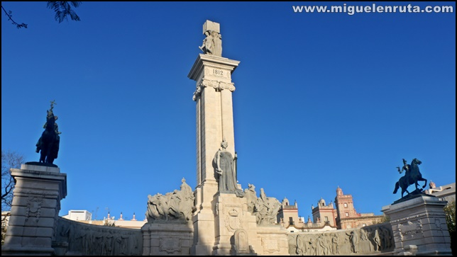 Monumento-Cortes-Constitución-Cádiz