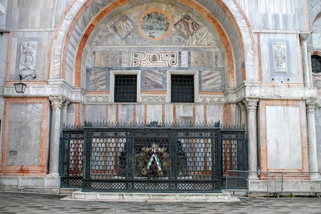 The Funeral Monument of Daniele Manin, Piazzetta dei Leoncini, Venice