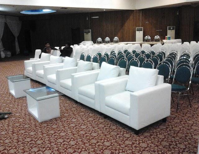 11 Momen Menyewa Sofa Yang Nyaman Dan Terjangkau