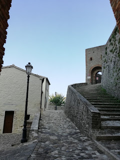 Scale ingresso al Castello