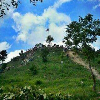 Bukit Cinta -  Atas Angin, Bojonegoro_Photo by Zoly Ryzna