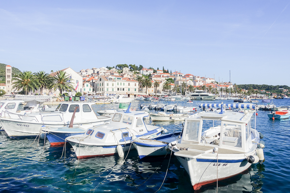 Hvar croatia travel guide barely there beauty a for Hvar tourismus
