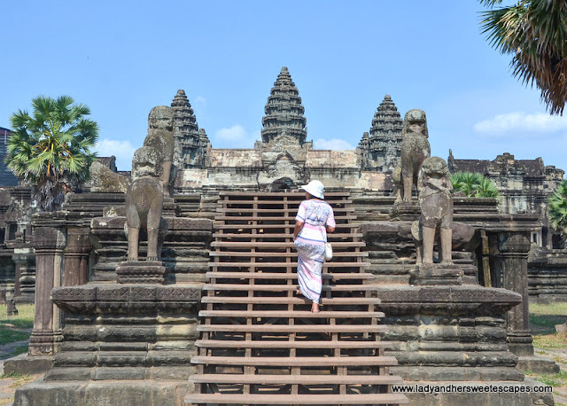 Follow me to Angkor Wat