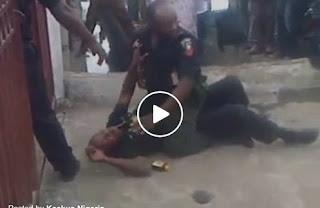 2 Policemen fighting