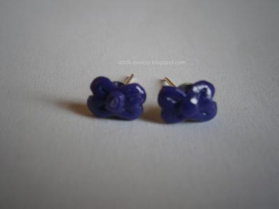 kolczyki-sztyfty kokardki fioletowe z modeliny