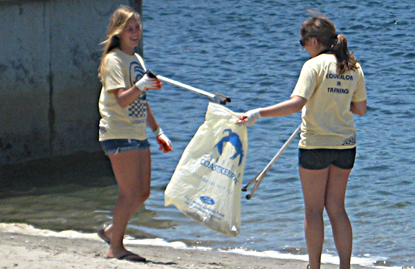 Cleaning up the beach