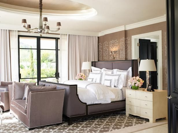 Romantic Bedrooms Decorating : Sexy And Honeymoon Style