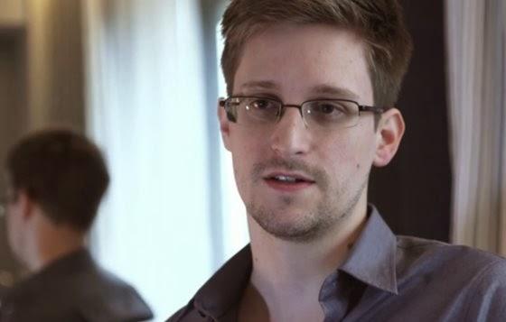 Edward Snowden - 560x357