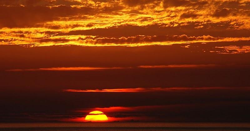 تفسير حلم رؤية الشمس أو غروب وشروق الشمس في المنام لابن سيرين