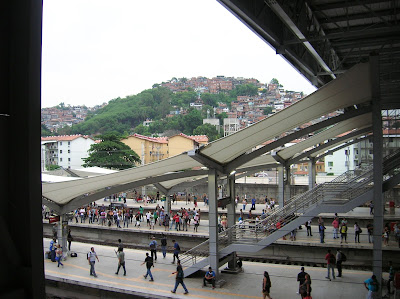 Cercanía de Estadio de Maracanã, Rio de Janeiro, Brasil, La vuelta al mundo de Asun y Ricardo, round the world, mundoporlibre.com