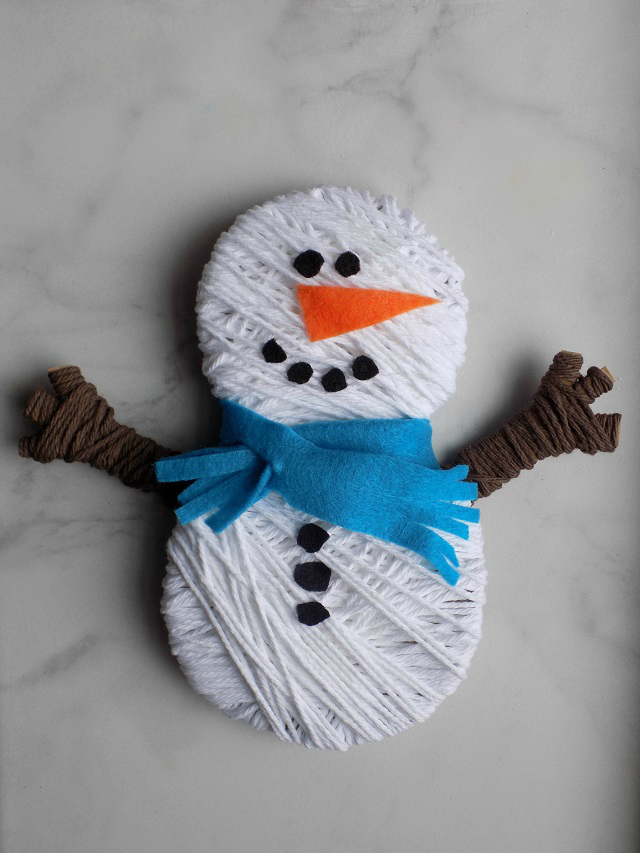 One Savvy Mom Nyc Area Mom Blog Snowman Yarn Wrapping Craft Fun Easy Winter Activity For Toddlers